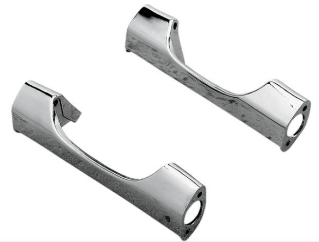 Drag Specialties 8 1/4 Inch Short Rear Turn Signal Bar for 1985 - 1990 FLH Models with Flat Style Turn Signals - Chrome